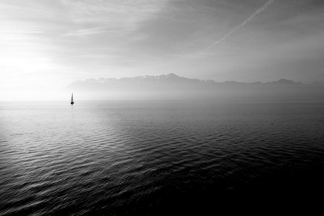 sailing-boat-569336_1280