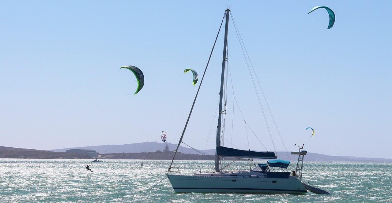 sailing-boat-638281_1280