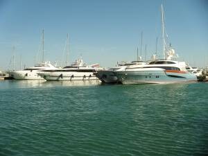 yachts-500413_1280