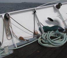 sailing-boat-1550027_1280